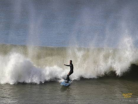 Gary Canant - Surfer in the Mist
