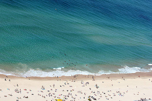 Surfers Paradise Beach  by James  Wasdell