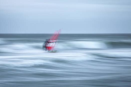 Surf by Holger Nimtz