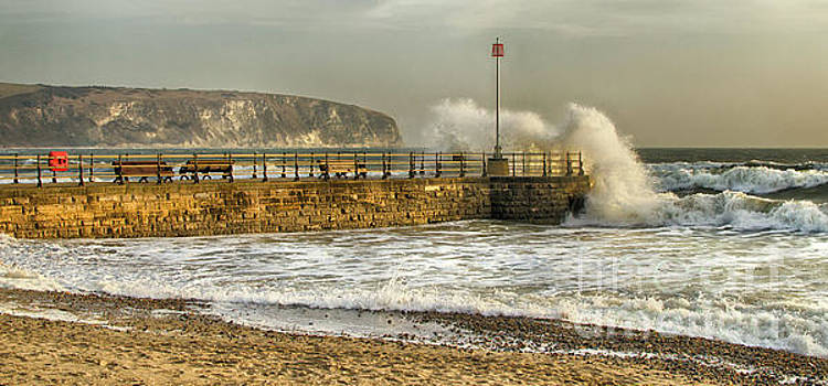 Swanage Jetty in Rough Weather by Linsey Williams