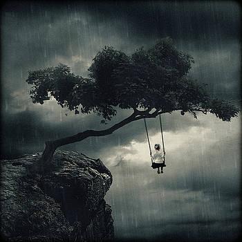 Swinging In the Rain by Joao Fe
