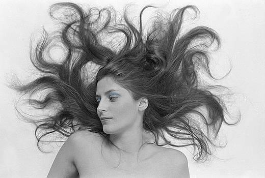 Swirl Girl by Gerard Fritz