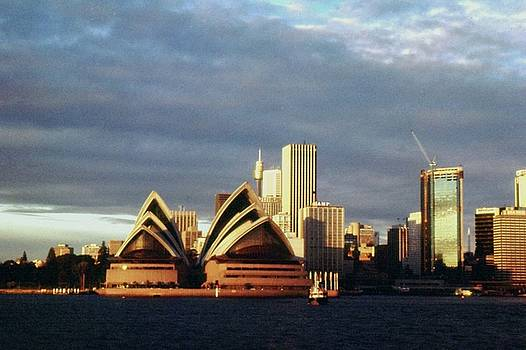 Gary Wonning - Sydney at Sunset