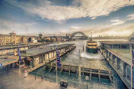 Sydney Harbor I by Ray Warren