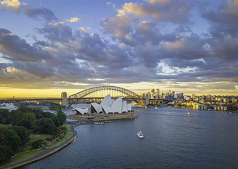 Sydney Opera House by Evgeny Vasenev