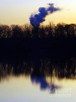 Robyn King - Symmetrical Sunrise On The Delaware River