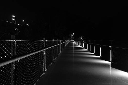 T Pott Memorial Bridge At Night by Doug Ash