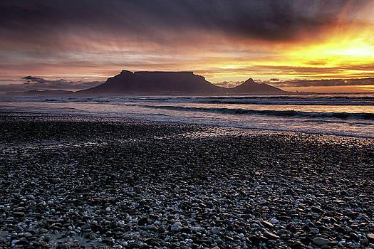 Table Mountain by Ben Osborne