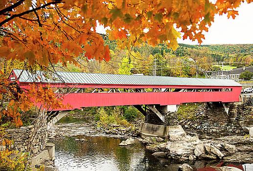 Taftsville covered Bridge by Gordon Ripley