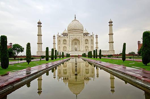 Taj Mahal by Aman Chotani