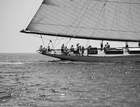 Pedro Cardona Llambias - Tall ship crew ready to waves fight