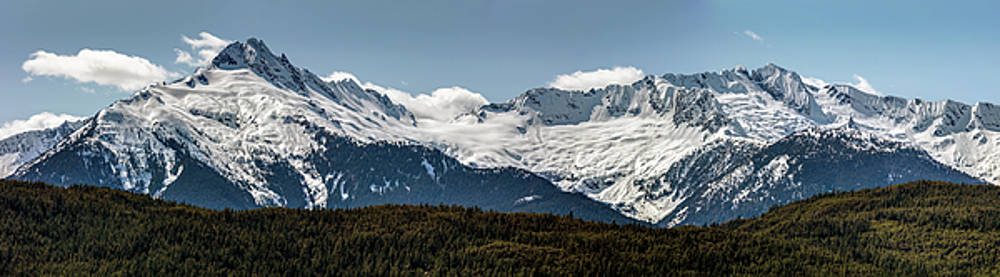 Tantalus Mountain Range on the Sea to Sky by Pierre Leclerc Photography