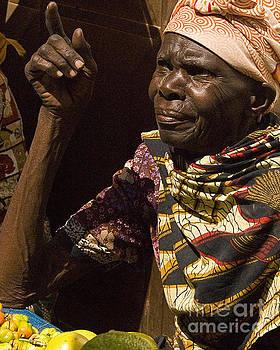 Tanzanian Woman by Robert  Suggs