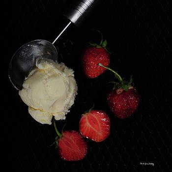 Taste of Summer by Randi Grace Nilsberg