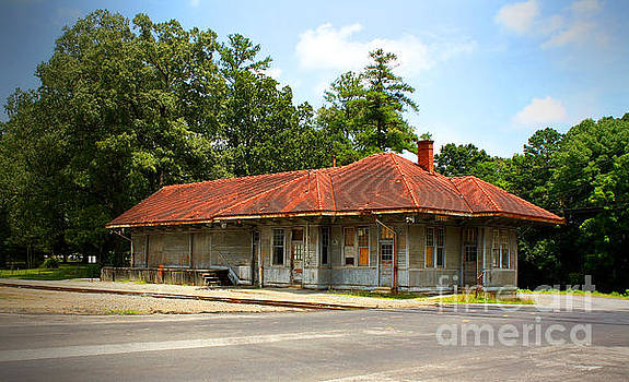 Tate, GA, RR Depot by Marilyn Carlyle Greiner