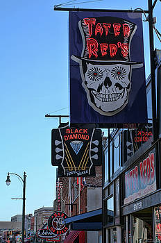 Tater Red's Beale Street by Debby Richards