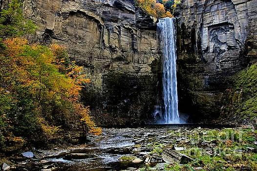 Matthew Winn - Taughannock Falls