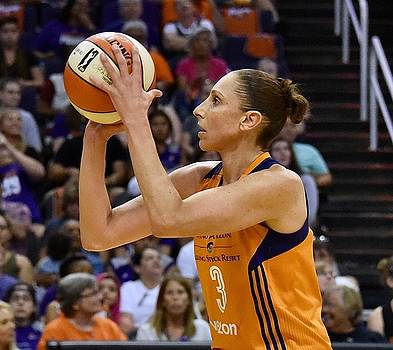 Taurasi Free Throw by Devin Millington