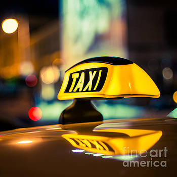TAXI 1x1 by Hannes Cmarits