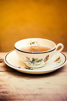 Tea In A Cup by Elly De vries