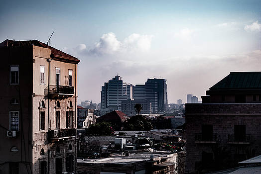 Tel Aviv by Mei Li Ronfeld