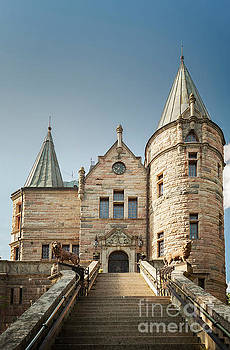 Sophie McAulay - Teleborg castle mansion