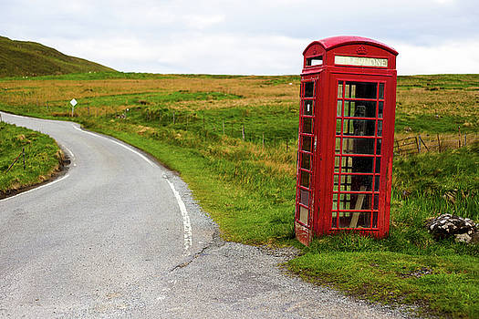 Telephone booth on Isle of Skye by Davorin Mance
