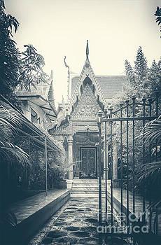 Sophie McAulay - Temple entrance gates