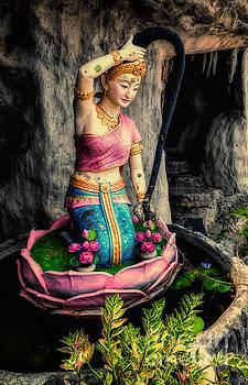 Adrian Evans - Temple Lady Statue