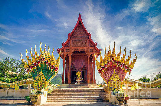 Adrian Evans - Temple Thailand