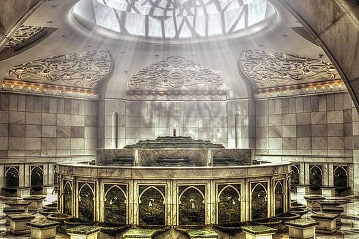 Temple Washroom by John Swartz