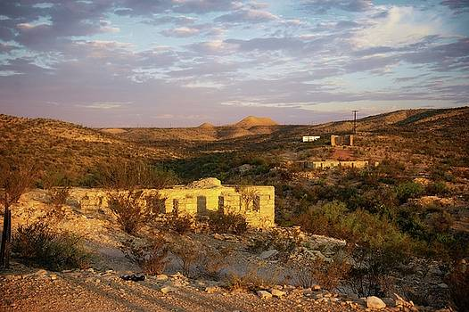 Terlingua ruins by Roy Nierdieck