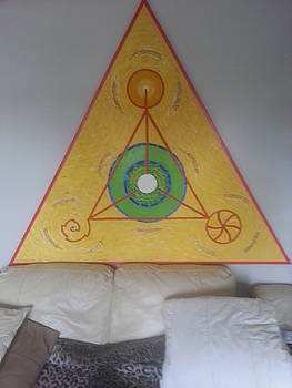 Tetrahedron from WHEAT-SHIRE by MERLIN Vernon