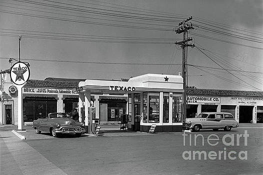 California Views Archives Mr Pat Hathaway Archives - Lewis  Texaco gas station, Buick sales service Monterey 1952