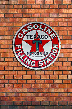 Texaco Gasoline by Peter Chilelli