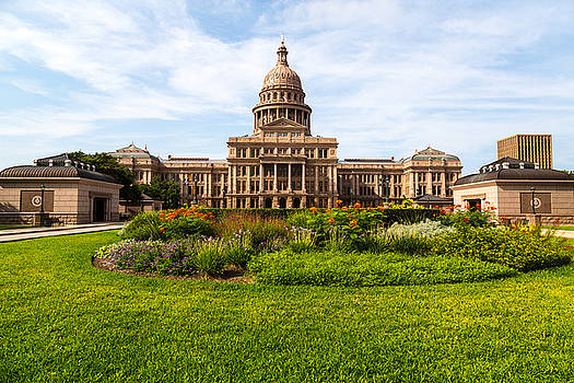 Texas Capitol by Dave Files