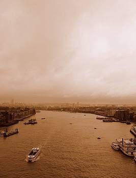 Thames by Anita Kovacevic