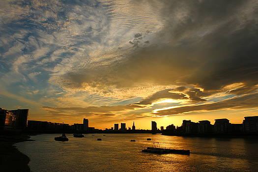 Thames Sunset by David Bouchard