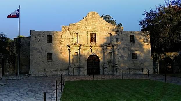 The Alamo at Dusk by Joseph Hendrix