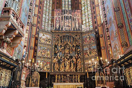 Michal Bednarek - The altarpiece of Veit Stoss in St. Mary