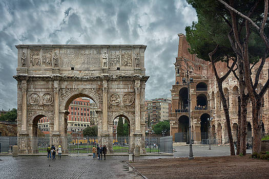 The Arch of Constantine by Joachim G Pinkawa