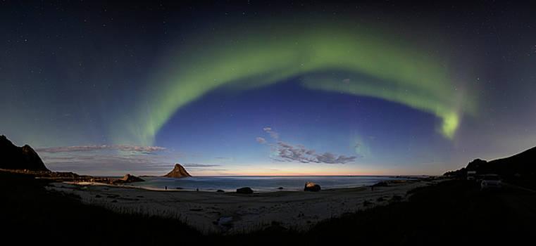 The aurora bow by Frank Olsen