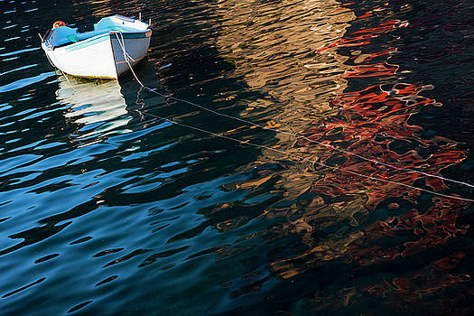 The boat by Yuri Santin