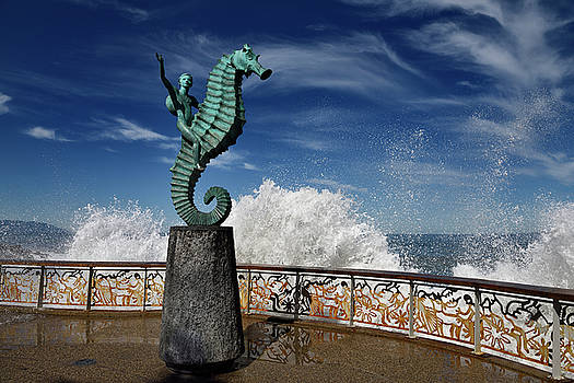 Reimar Gaertner - The Boy on a Seahorse sculpture Puerto Vallarta Malecon with spl