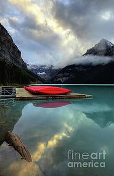 Wayne Moran - The Breathtakingly Beautiful Lake Louise II