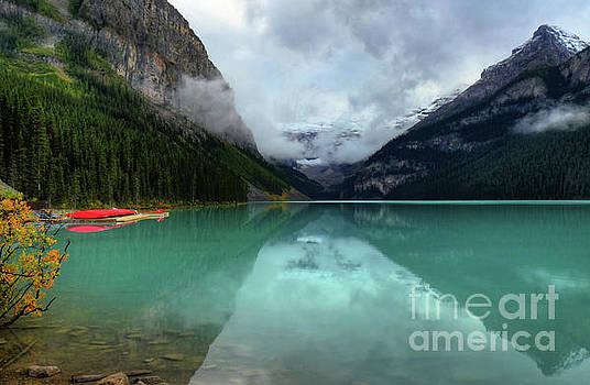 Wayne Moran - The Breathtakingly Beautiful Lake Louise V