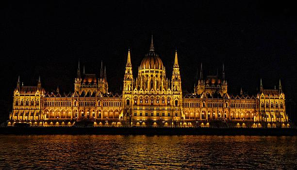 The Budapest Parliament by Deborah Jahier