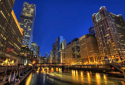 The Busy River in Chicago by Shawn Everhart