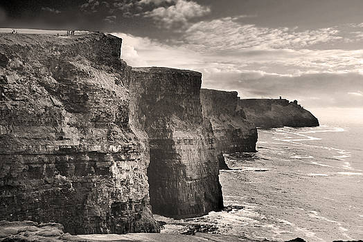 Robert Lacy - The Cliffs of Moher