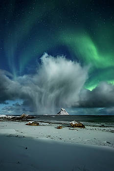 The cloud I by Frank Olsen